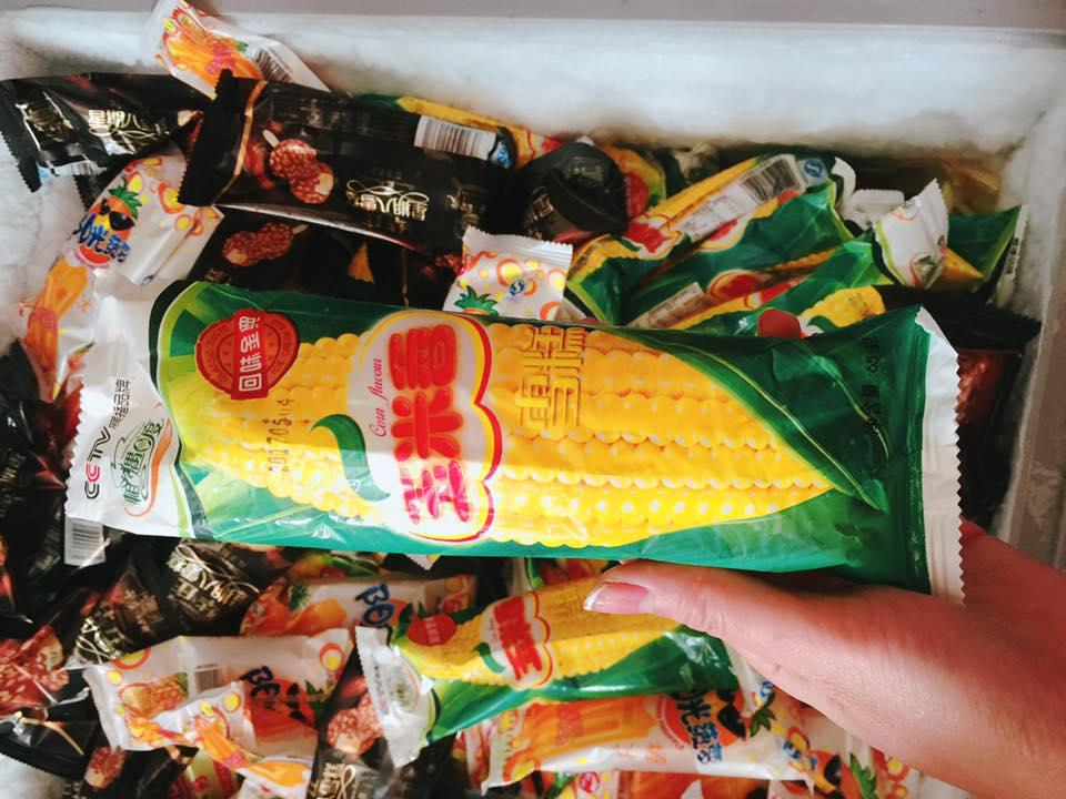 Kem Trung Quốc 3.000 đồng tràn về: 'Hàng nội địa' ăn đi đừng sợ - Ảnh 2