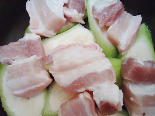 Cá kho chuối xanh đậm đà, ngon cơm - Ảnh 2