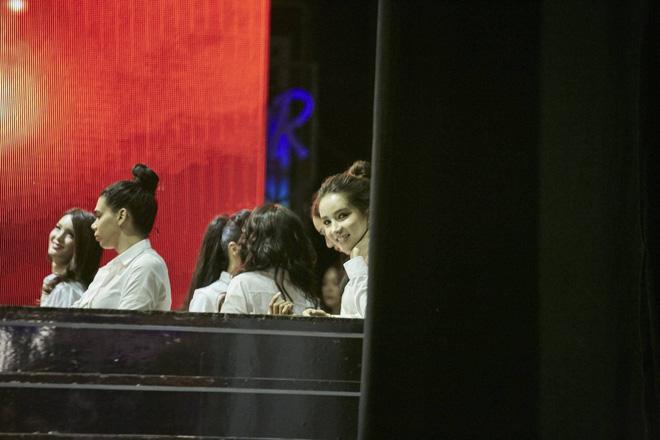 Hương Giang cùng dàn thí sinh tất bật tập luyện trước thềm Chung kết Hoa hậu chuyển giới Quốc tế - Ảnh 5