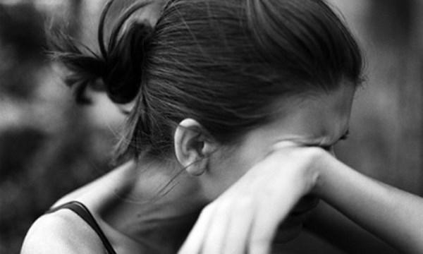 Một lần yếu lòng không dám buông tay, trả giá bằng cả cuộc hôn nhân ngập trong nước mắt - Ảnh 1