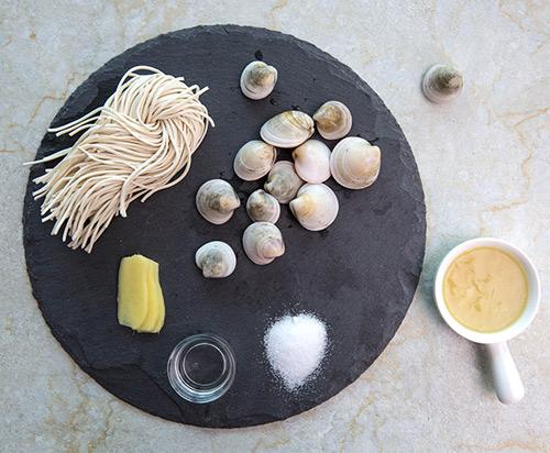 Bữa sáng đơn giản với mì ngao - Ảnh 1