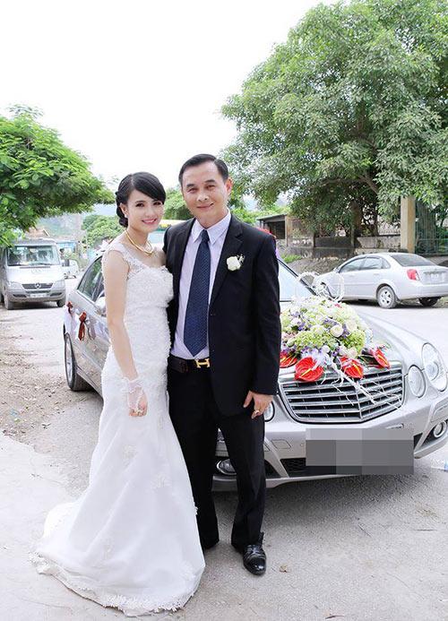 Sau hơn 1 năm sinh sống ở Singapore, cuộc sống của em gái Công Vinh giờ ra sao? - Ảnh 1