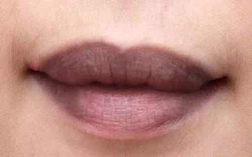 6 công thức đơn giản nhất giúp môi hồng không cần son - Ảnh 1