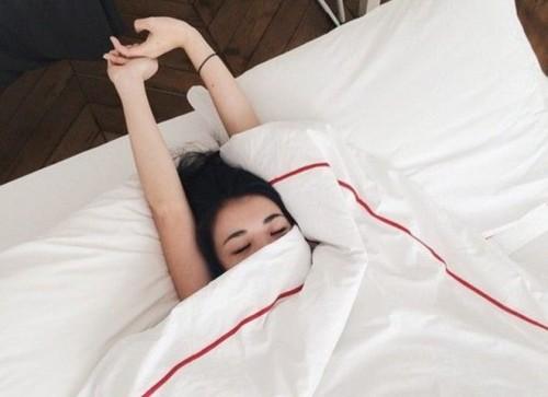 Người thức khuya dậy muộn dễ bị trầm cảm - Ảnh 1