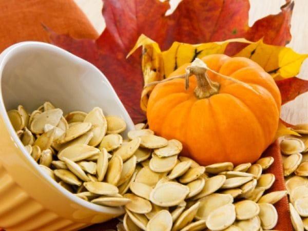 Ăn hạt bí ngô giúp loại bỏ giun tự nhiên
