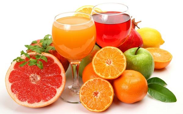 Bổ sung nước trái cây tốt cho trẻ bắt đầu ăn dặm
