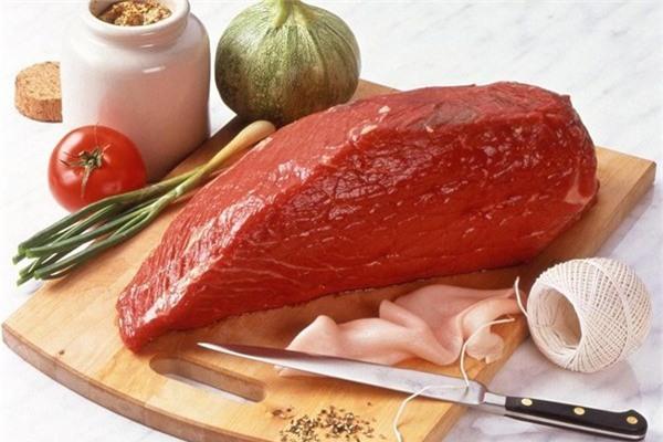 Thịt tươi sống cần thiết cho chế độ ăn dặm của trẻ