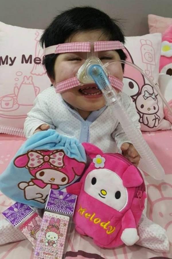 Nỗi đau của người mẹ có con gái 17 tuổi 'gói' trong thân hình trẻ sơ sinh - Ảnh 2
