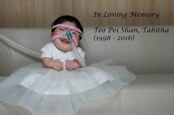 Nỗi đau của người mẹ có con gái 17 tuổi 'gói' trong thân hình trẻ sơ sinh - Ảnh 10