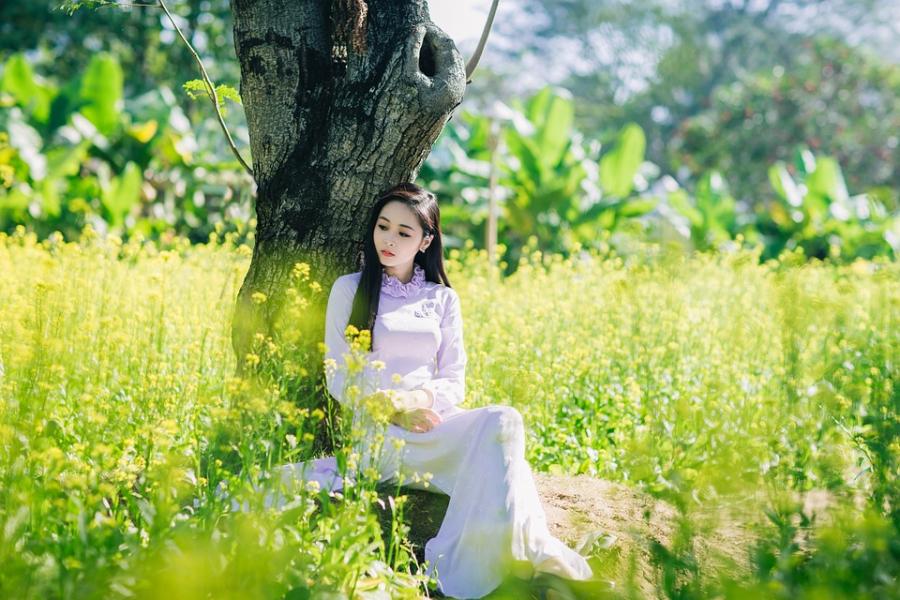 girl-2156873_960_720