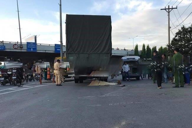 Thai phụ chết thảm dưới gầm xe tải trong lúc đi khám thai ở Sài Gòn - Ảnh 1