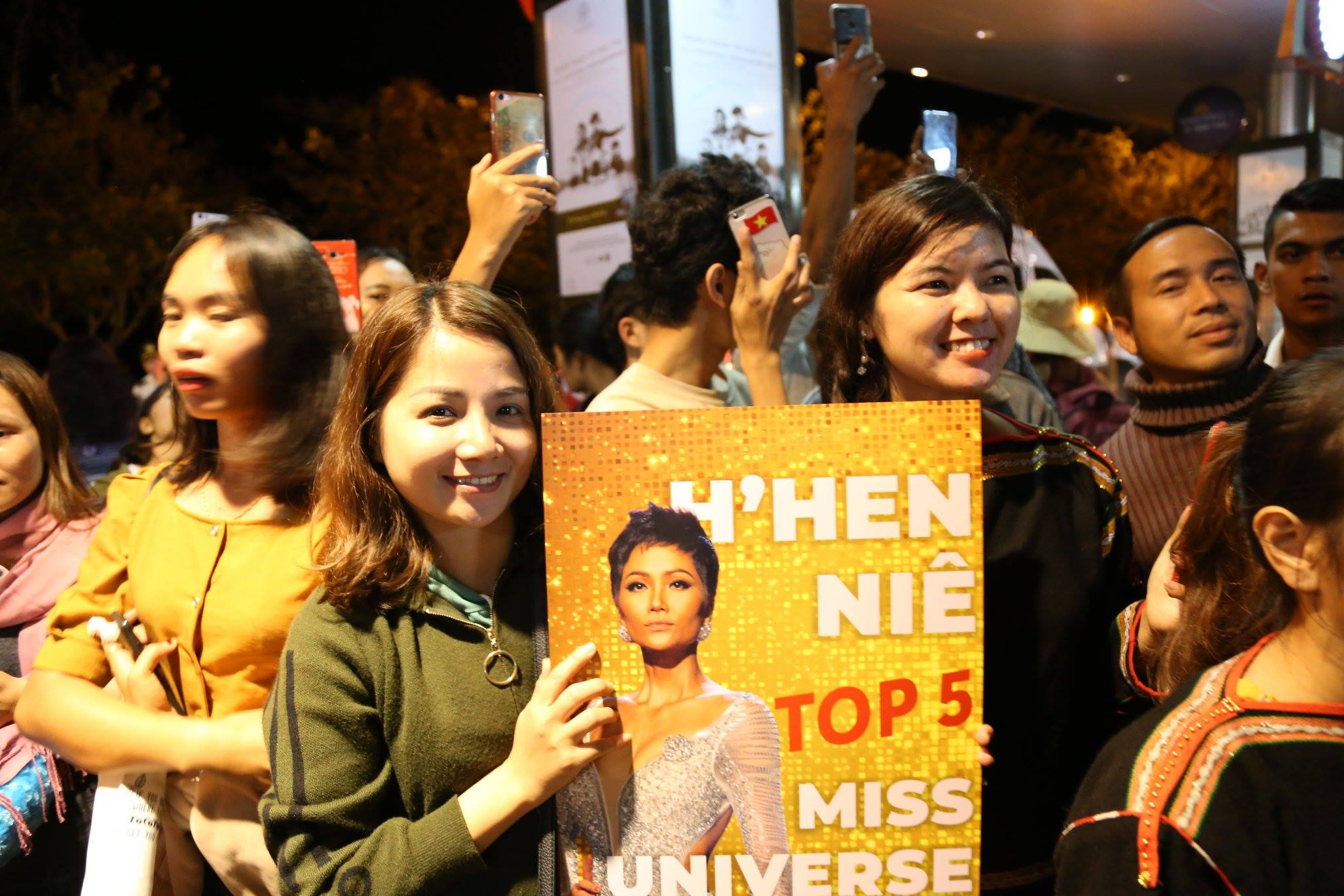 Tỉnh Đắk Lắk mời hoa hậu H'Hen Niê làm đại sứ cho cà phê Buôn Ma Thuột - Ảnh 2