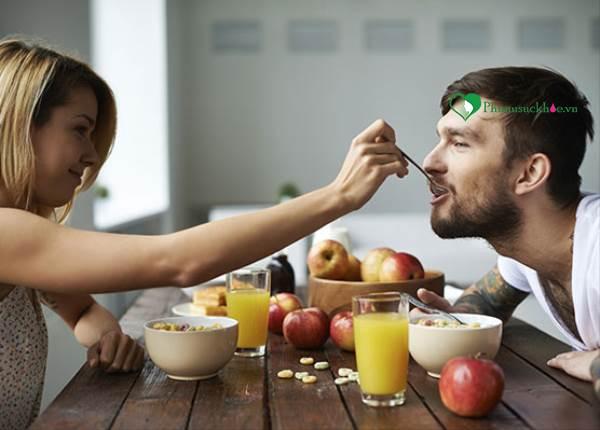 6 chiến lược dinh dưỡng để tăng cường năng lượng chuyện phòng the - Ảnh 1
