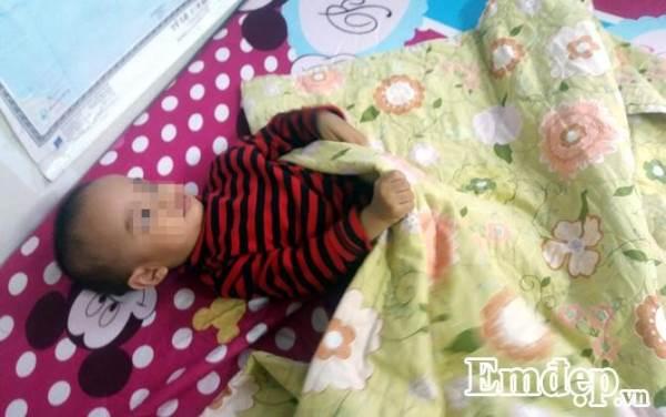 Mẹo đối phó với trẻ hay đạp tung chăn khi ngủ trong đêm lạnh - Ảnh 2
