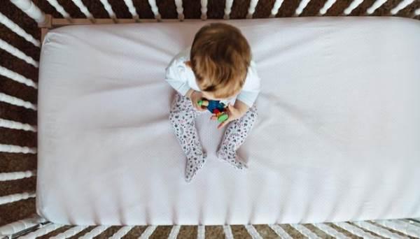 Cha mẹ có thể làm giảm 50% nguy cơ đột tử cho con mình nếu làm được việc này - Ảnh 1