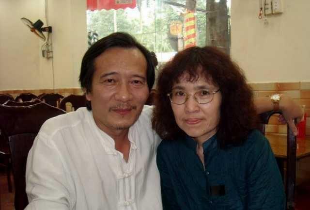 Không chỉ tài sắc vẹn toàn, gia thế của bà xã tương lai 'soái ca VTV' Quang Minh vừa được tiết lộ khiến nhiều người choáng váng - Ảnh 2