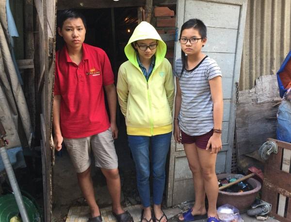 Cảnh đời bi đát của 3 chị em mồ côi cả cha lẫn mẹ trong căn lều nát giữa lòng Sài Gòn - Ảnh 1