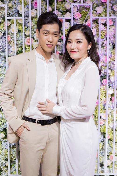 Các sao Việt được fan giục cưới năm 2019 - Ảnh 6