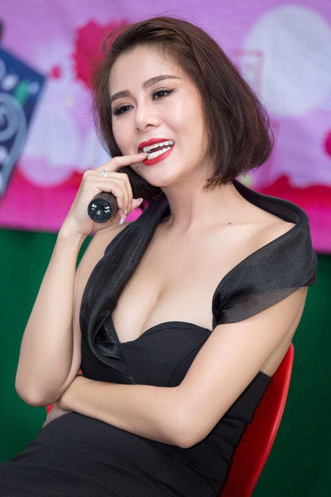 Cuộc sống những người đẹp Việt từng phải đi vay nợ - Ảnh 1