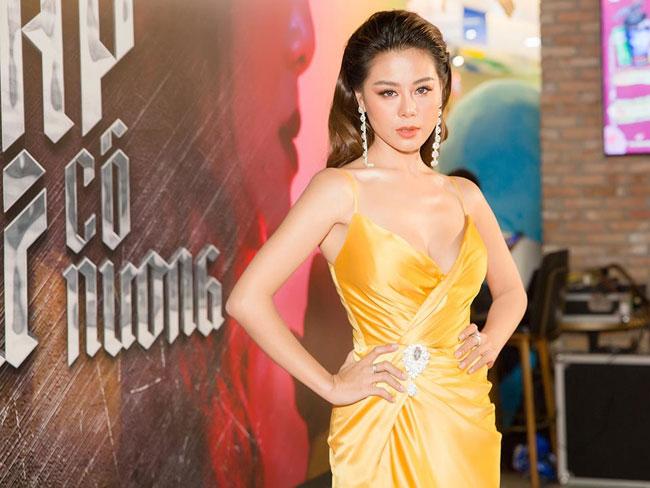 Cuộc sống những người đẹp Việt từng phải đi vay nợ - Ảnh 4