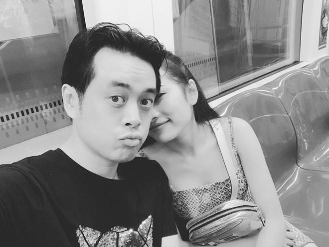 Dương Khắc Linh và bạn gái kém 13 tuổi thoải mái tình tứ trên MXH - Ảnh 2