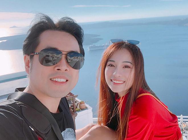 Dương Khắc Linh và bạn gái kém 13 tuổi thoải mái tình tứ trên MXH - Ảnh 4