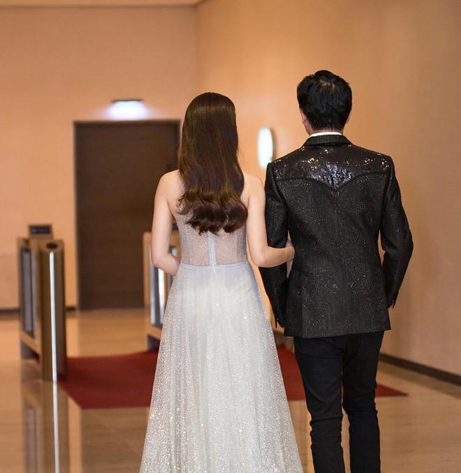 Dương Khắc Linh và bạn gái kém 13 tuổi thoải mái tình tứ trên MXH - Ảnh 5