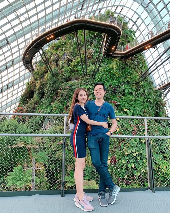 Dương Khắc Linh và bạn gái kém 13 tuổi thoải mái tình tứ trên MXH - Ảnh 7
