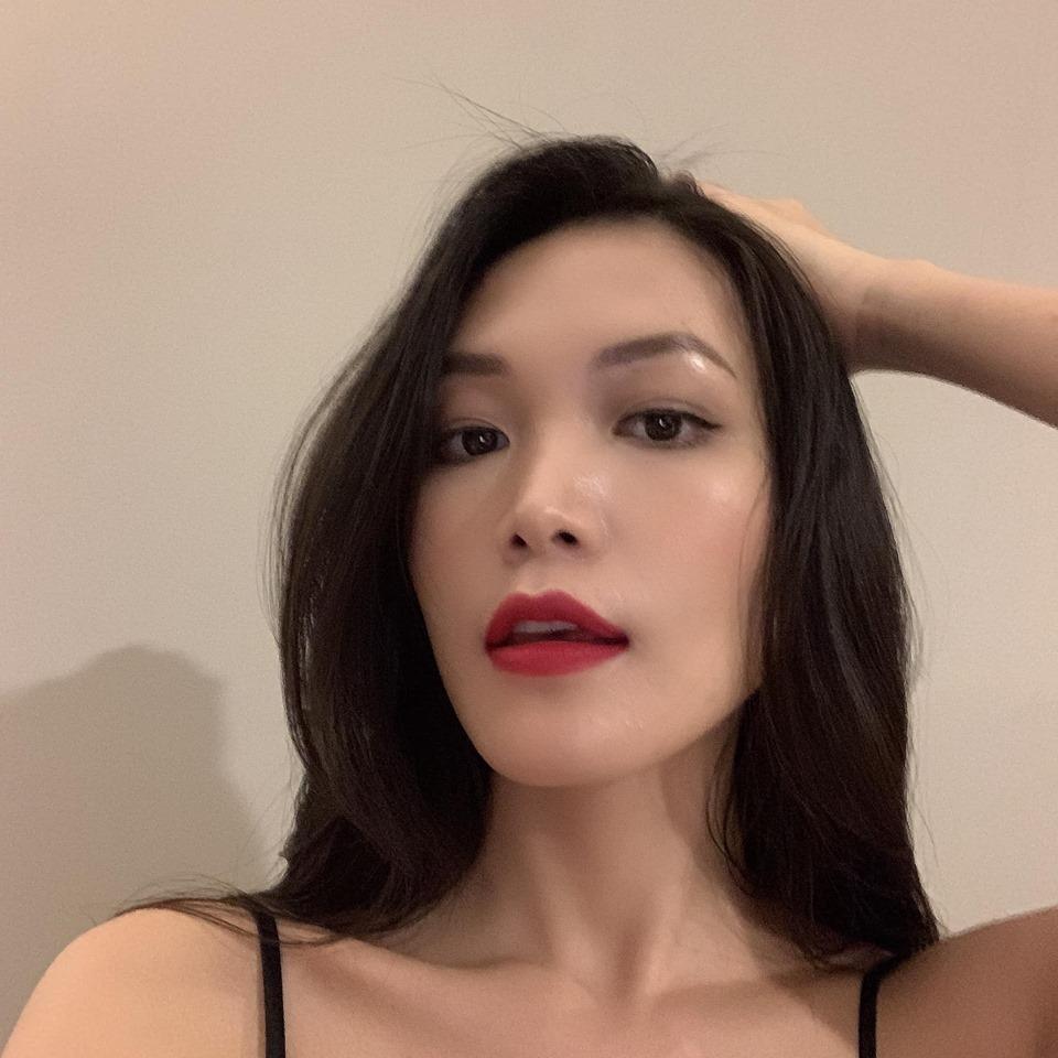 Thùy Dung của tuổi 28: Nhan sắc thăng hoa, cố gắng thoát mác 'Hoa hậu học dốt' suốt 10 năm - Ảnh 5
