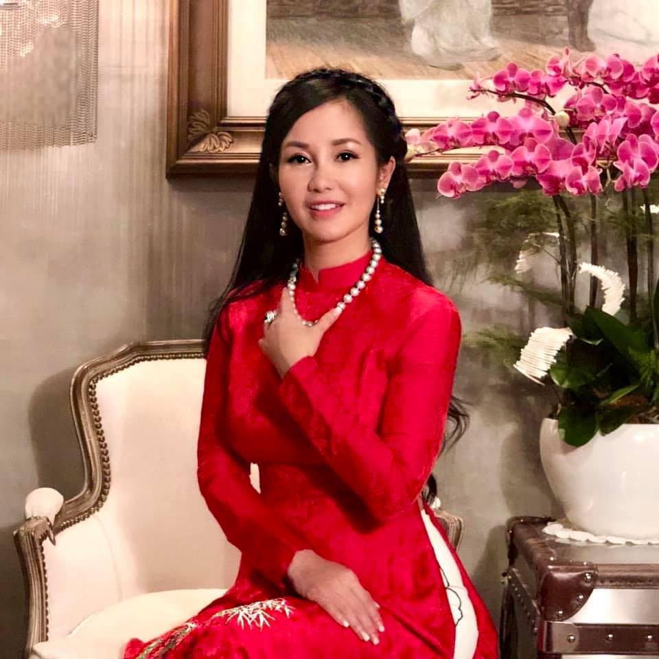 Hồng Nhung đón sinh nhật cùng hai thiên thần nhỏ sau khi chồng lấy vợ mới - Ảnh 4