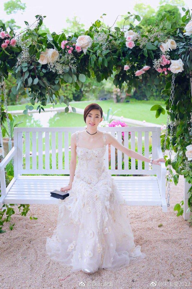 'Mỹ nữ mặt mộc đẹp nhất Trung Quốc' vào vai Đát Kỷ phiên bản mới là ai? - Ảnh 10