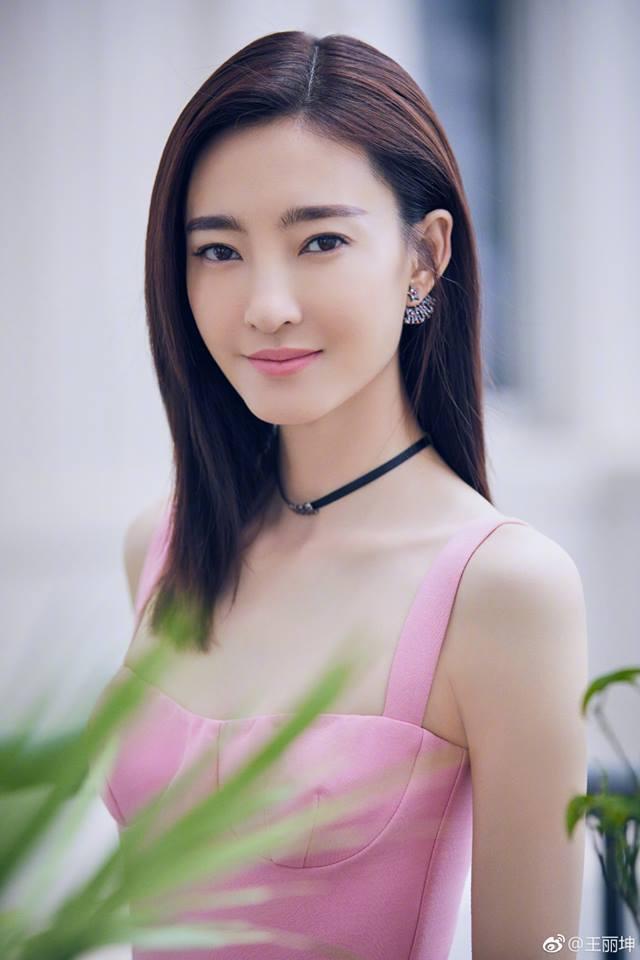 'Mỹ nữ mặt mộc đẹp nhất Trung Quốc' vào vai Đát Kỷ phiên bản mới là ai? - Ảnh 6