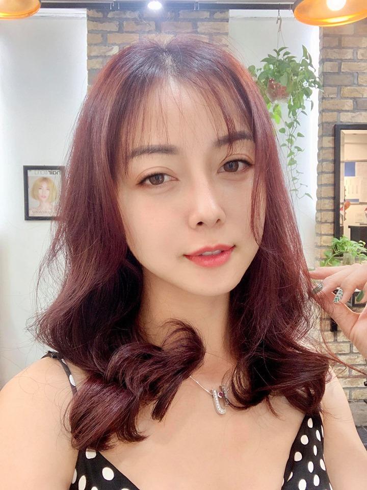 Nhận không ra Jennifer Phạm với gương mặt quá đỗi trẻ trung ở tuổi 34 - Ảnh 1