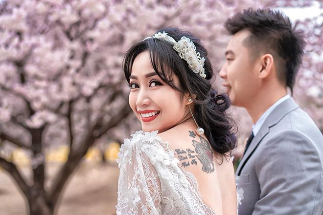 Ốc Thanh Vân lộ hình xăm lớn trong bộ ảnh kỷ niệm 11 năm cưới - Ảnh 3