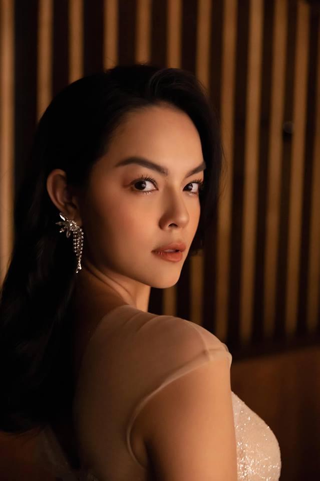 Sau ly hôn, Phạm Quỳnh Anh liên tiếp tung ảnh mặn mà quyến rũ khiến phái mạnh 'liêu xiêu' - Ảnh 2