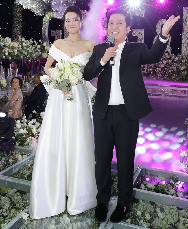 'Soi' quà cưới của sao Việt: Vợ sắp cưới của Cường Đô La khiến chị em ghen tị nhất - Ảnh 5