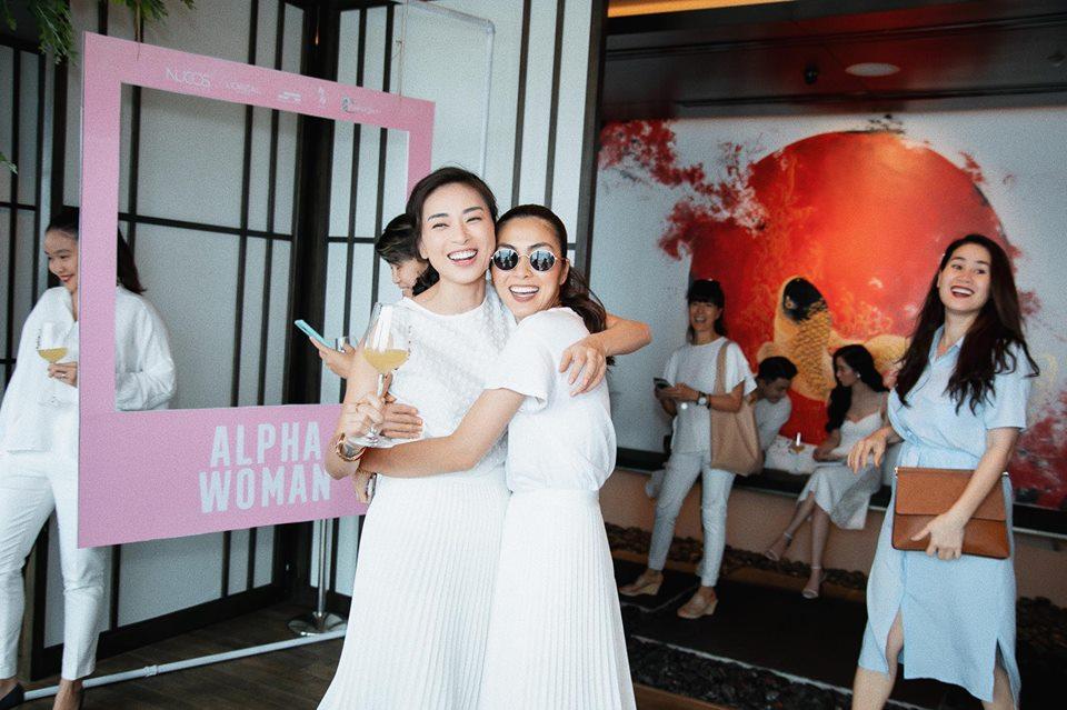 Tăng Thanh Hà và hội bạn thân 'tươi như hoa' trong bữa tiệc của Ngô Thanh Vân - Ảnh 2