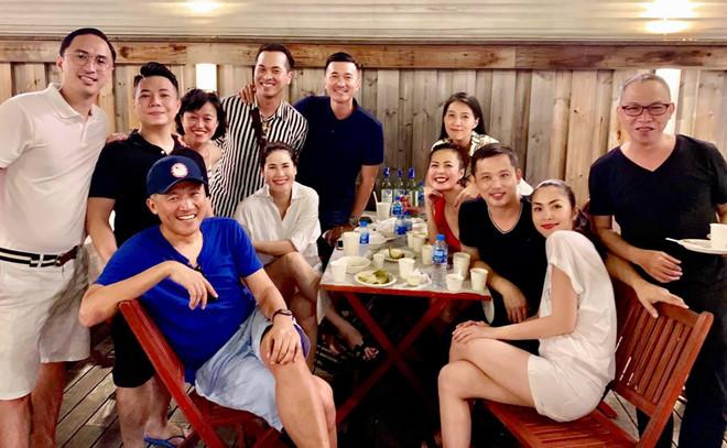 Vợ chồng Hà Tăng tổ chức sinh nhật hai con cùng hội bạn thân nổi tiếng - Ảnh 1