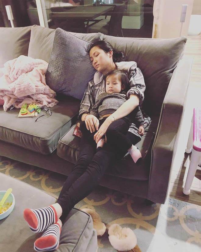 Vợ kém 17 tuổi của Lam Trường tủi thân, vất vả khi một mình chăm con ở Mỹ - Ảnh 1