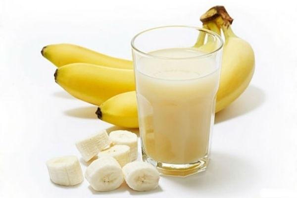 Ăn chuối kèm 1 ly nước giúp giảm cân nhanh trong 3 ngày