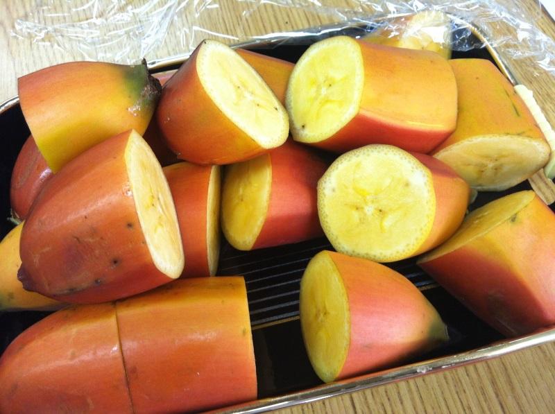 Lạ miệng với các món ăn giảm cân bằng chuối đỏ