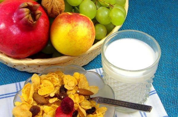 Ăn sáng đầy đủ dinh dưỡng giúp bạn giảm cân nhanh chóng