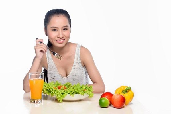 Chế độ ăn uống giàu vitamin là cách giảm cân cấp tốc hiệu quả