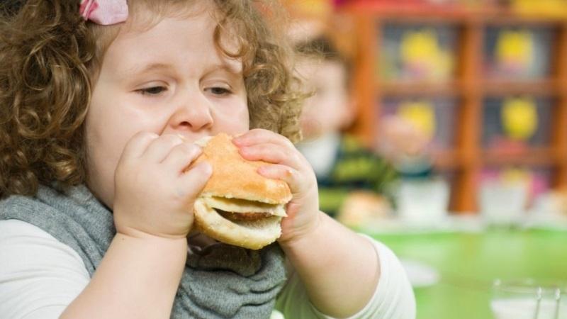 Giảm cân cho trẻ: Cha mẹ chính là chìa khóa - Ảnh 2
