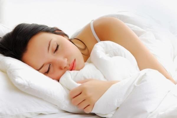 Ngủ cũng là cách giảm cân sau sinh kết hợp muối hiệu quả