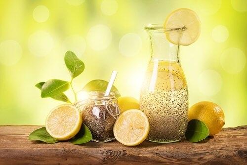Công thức giảm cân với hạt chia, chanh và gừng