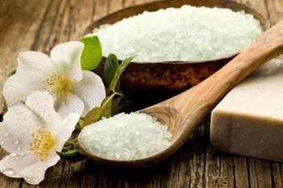 Giảm mỡ bụng bằng muối tại nhà đơn giản