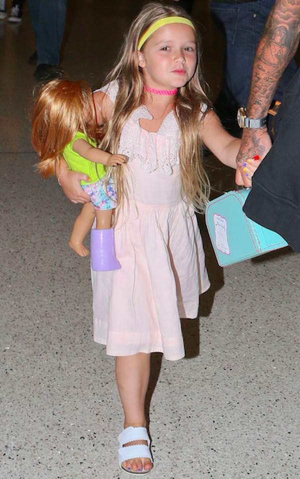 Harper - Cô công chúa sinh ra trong nhung lụa của vợ chồng Beckham được nuôi dạy như nào? - Ảnh 11