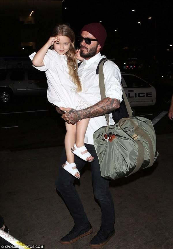 Harper - Cô công chúa sinh ra trong nhung lụa của vợ chồng Beckham được nuôi dạy như nào? - Ảnh 4