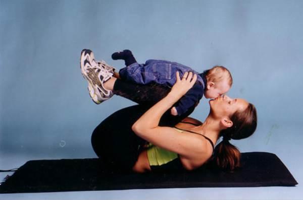 Đọc 6 lý do này, mẹ sẽ có ngay động lực để giảm cân sau sinh - Ảnh 1
